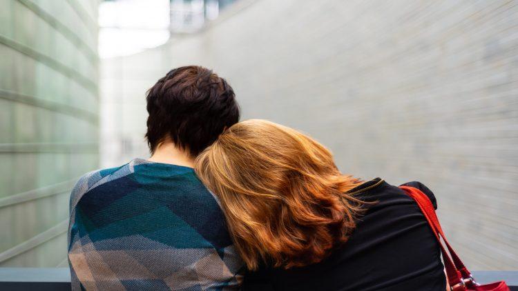 Sfaturi pe care le poti urma atunci cand pierzi o persoana draga